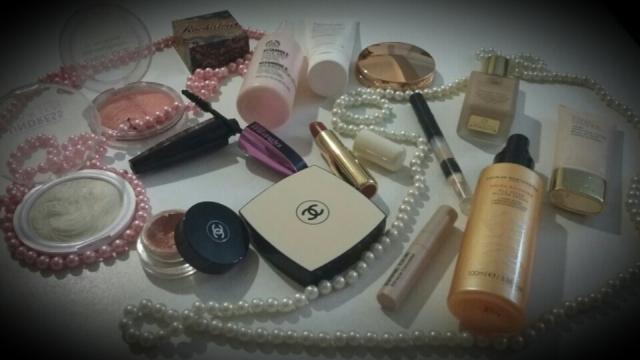 vintage makeup.jpg