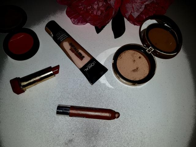 Everyday makeup essentials.jpg